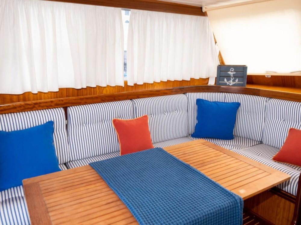 Boat rental Astilleros Menorquin 160 in Port de Pollença on Samboat