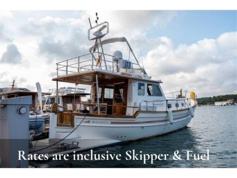 Rental Motorboat in  - Astilleros Menorquin 160 FLY