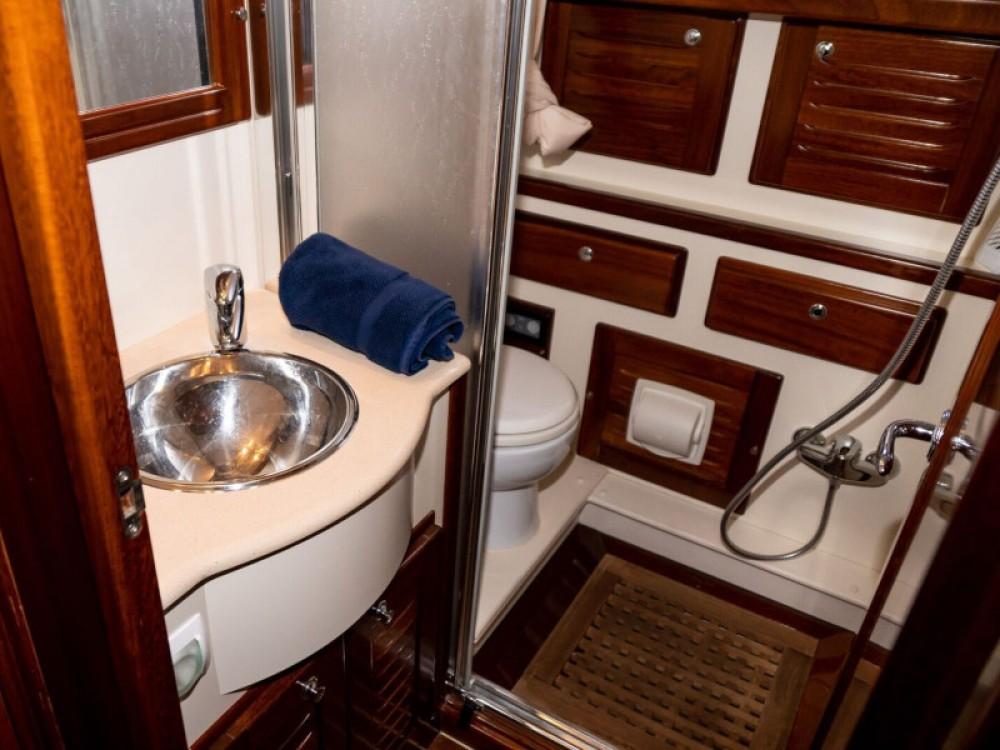 Boat rental  cheap Menorquin 160 FLY