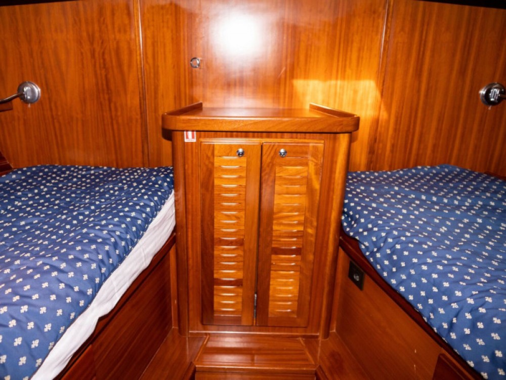 Boat rental Astilleros Menorquin 160 in  on Samboat