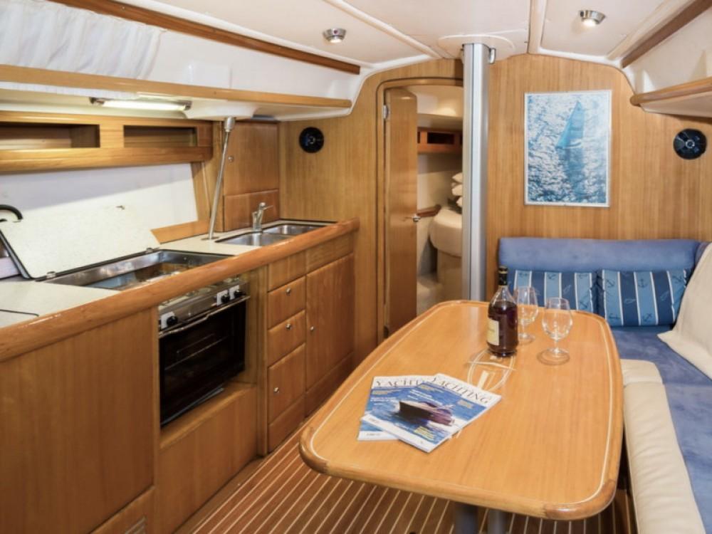 Rental yacht  - Bavaria Bavaria 42 Match on SamBoat