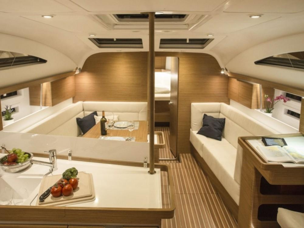 Elan Elan 45 Impression - 4 cabin version between personal and professional