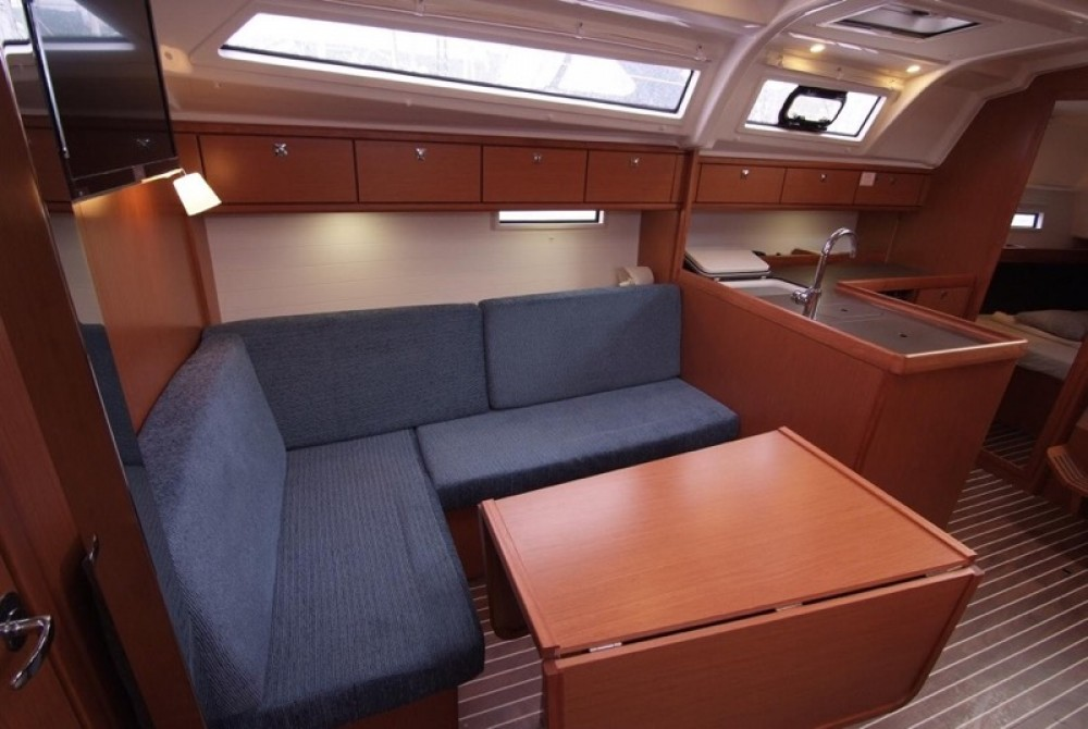 Rental yacht Krk - Bavaria Bavaria Cruiser 37 on SamBoat