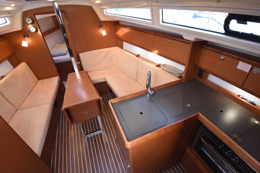 Rental yacht Krk - Bavaria Bavaria Cruiser 34 on SamBoat