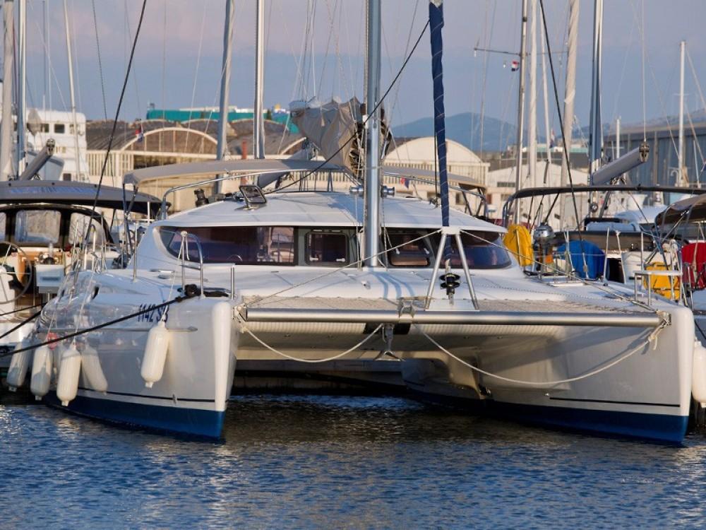 Rental yacht Krk - Fountaine Pajot Athena 38 (4+2 cab) on SamBoat