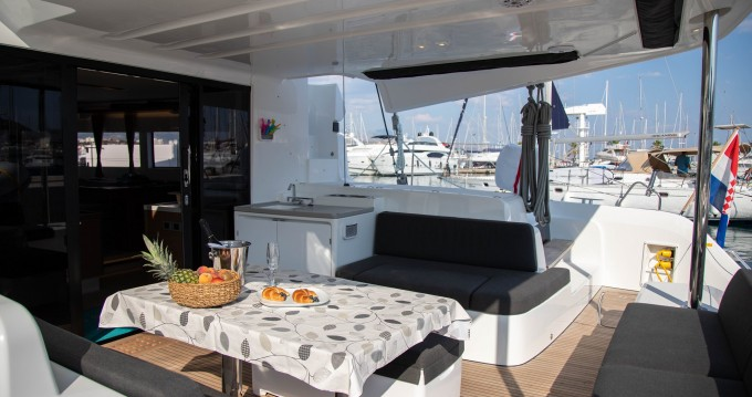 Rental yacht Rogoznica - Lagoon Lagoon 50 on SamBoat