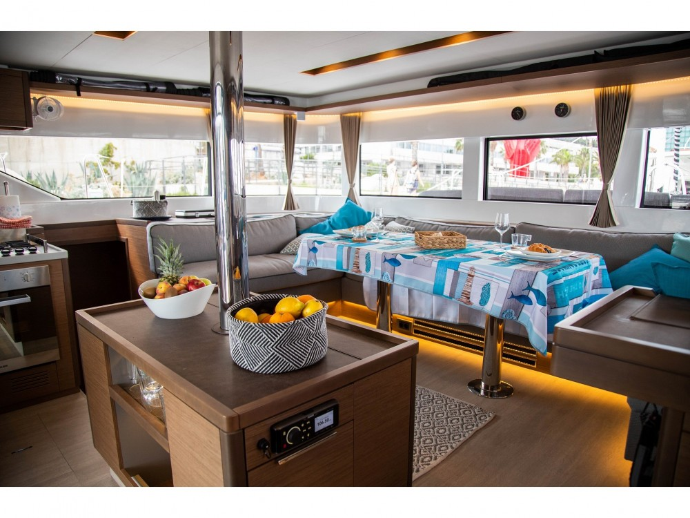 Rental yacht Slano - Lagoon Lagoon 50 LUX elegance (2019) equipped with airconditioning (saloon + cabins), generator, watermaker, ice maker, dishwasher, washer/dryer, 2 SUP, snorkelling equipment on SamBoat