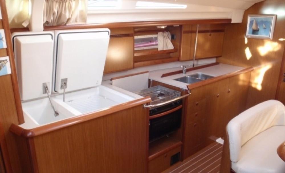 Rental Sailboat in Falcone - Jeanneau Sun Odyssey 45