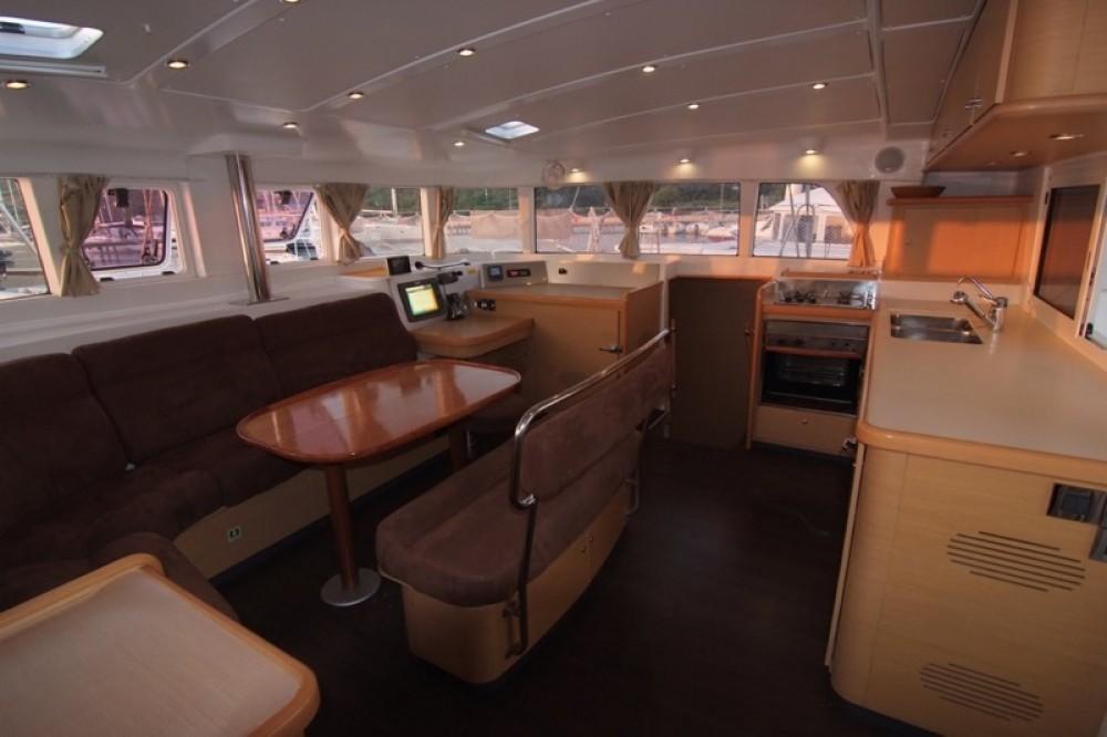 Boat rental Lagoon Lagoon 440 (4+2 cab) in Krk on Samboat