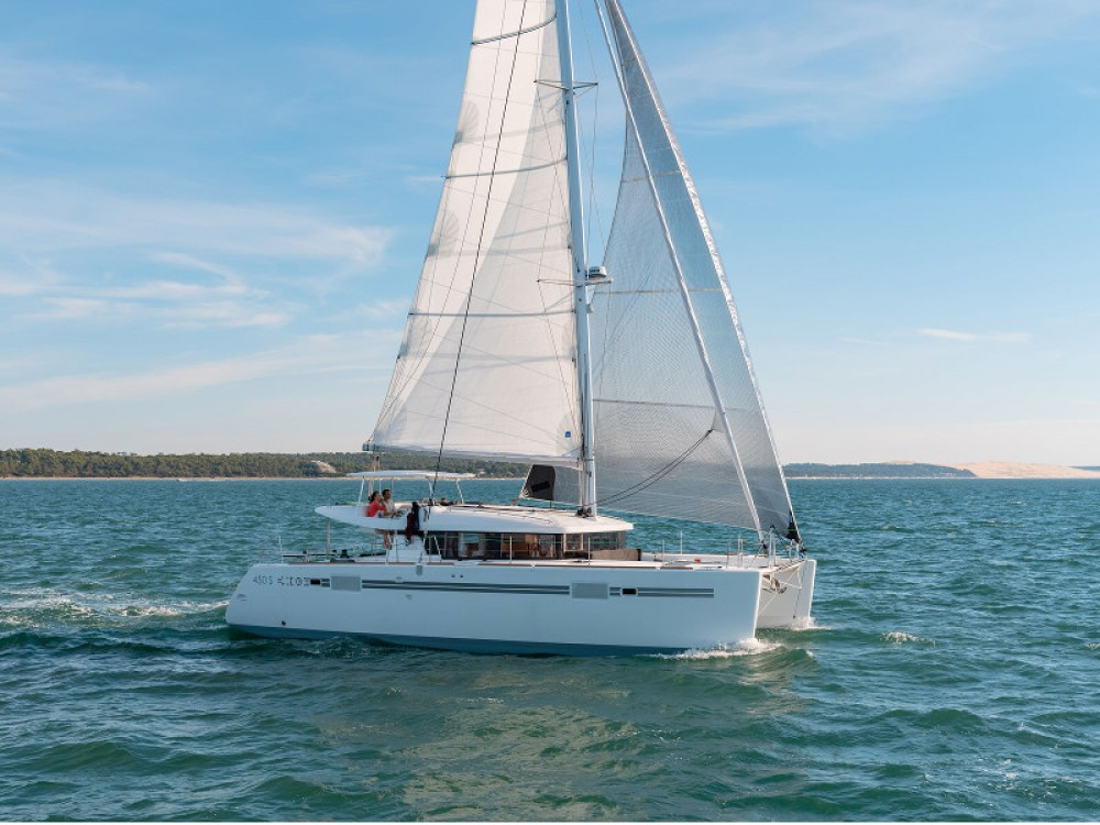 Boat rental Split cheap Lagoon 450 Sport LUX equipped with generator, A/C (saloon+cabins), ice maker, dishwasher, 2 S.U.P., underwater lights