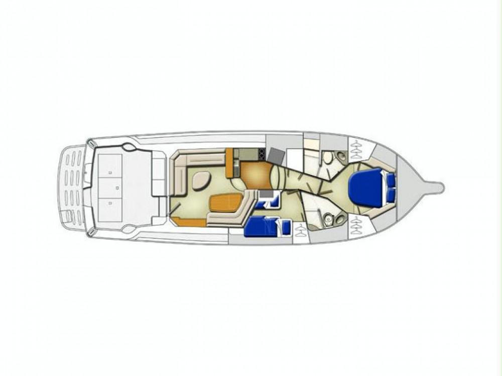 Rental Motor boat in Split - Riviera Riviera 42 (2006)