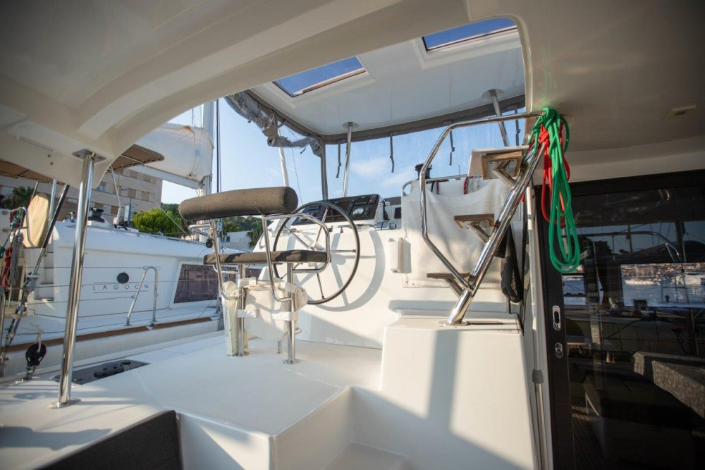 Rental Catamaran in Slano - Lagoon Lagoon 42 (2018) equipped with generator, A/C (saloon+cabins), water maker, bow thruster