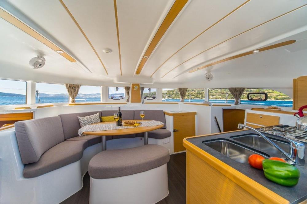 Boat rental Slano cheap Lagoon 380 (2017)