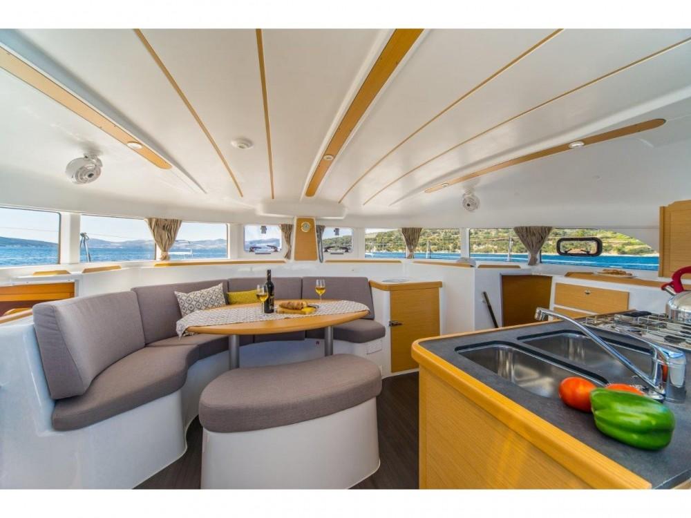 Rental Catamaran in Slano - Lagoon Lagoon 380 (2017)