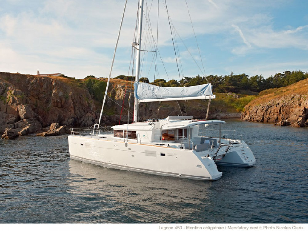 Boat rental Lagoon Lagoon 450 F (2016)equipped with generator, A/C (saloon+cabins), ice maker, dishwasher,water maker, microwave oven,  2 S.U.P.2 kneeboard, underwater lights, bow thruster in Split on Samboat