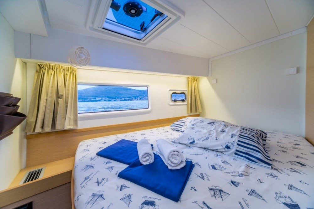 Boat rental Lagoon Lagoon 42 (2017) equipped with generator, A/C (saloon+cabins) in Split on Samboat
