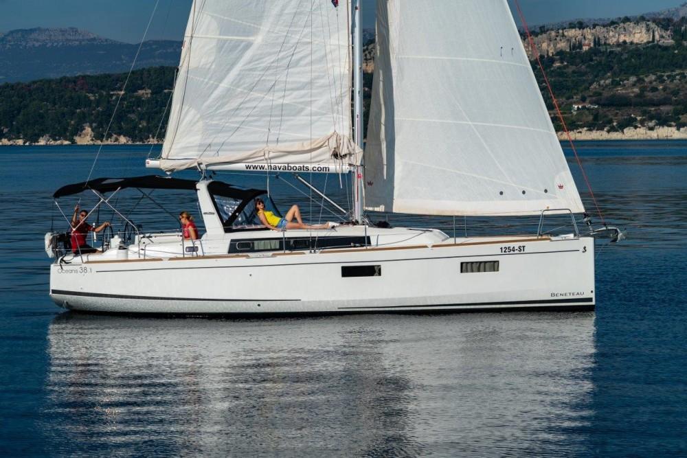 Rent a Bénéteau Oceanis 38.1 (2017) Split