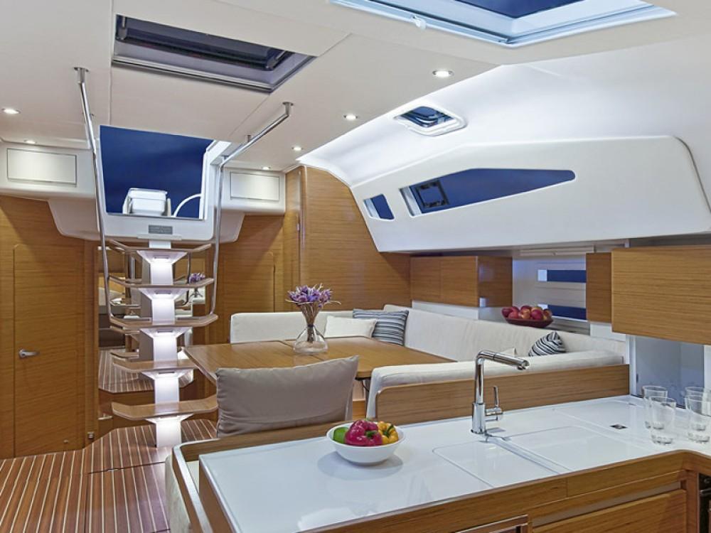 Boat rental Elan Elan 494 Impression in  on Samboat