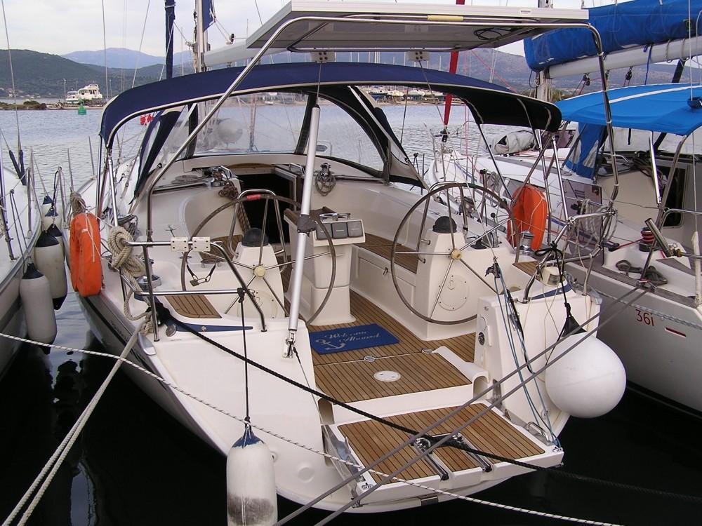 Rent a Bavaria Bavaria 40 Cruiser Lefkada