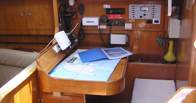 Hire Sailboat with or without skipper Jeanneau Lefkas Marina
