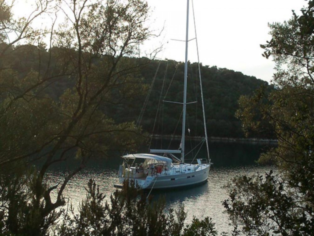 Hire Sailboat with or without skipper Bavaria Marina Gouvia