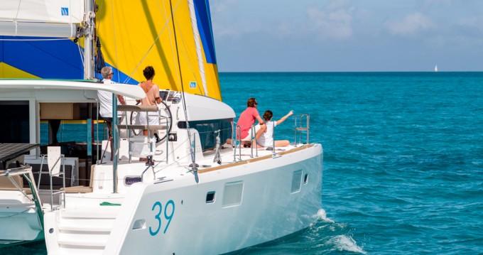 Rental yacht Betina - Lagoon Lagoon 39 on SamBoat