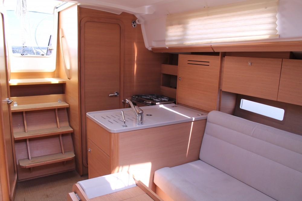 Rental Sailboat in Palermo - Dufour Dufour 310