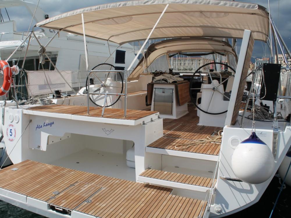 Boat rental Dufour Dufour 560 in Palerme on Samboat