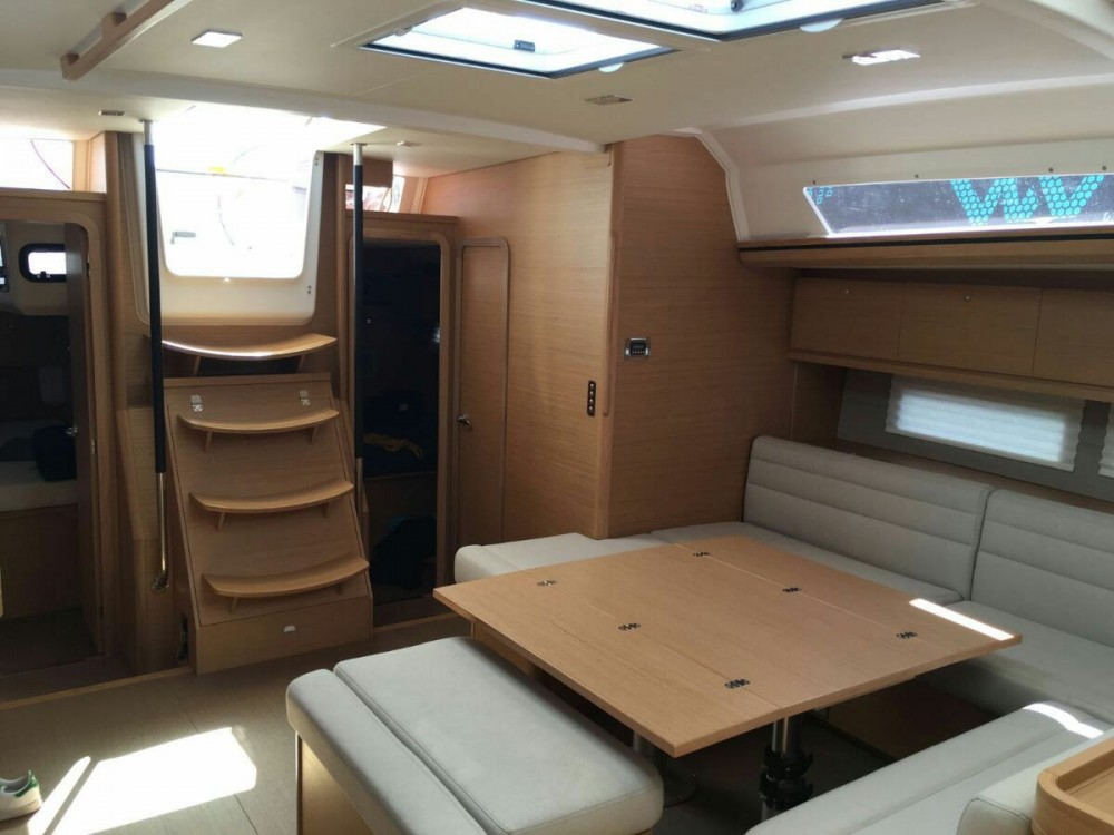 Boat rental Palerme cheap Dufour 560