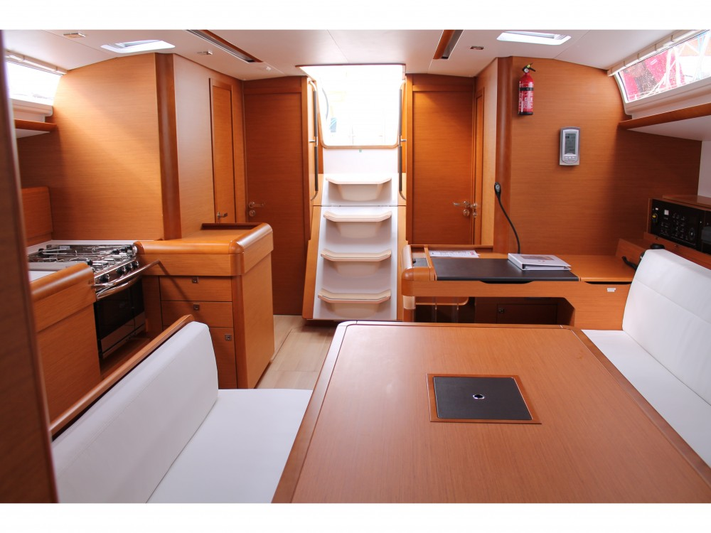 Rental yacht Marsala - Jeanneau Sun Odyssey 519 on SamBoat