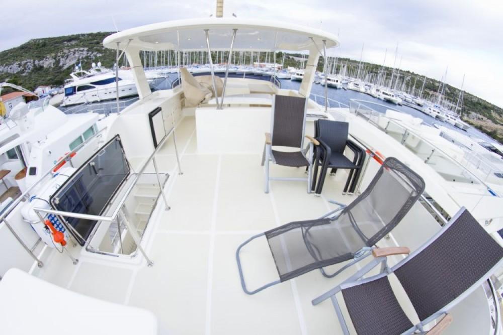 Rental Motor boat Adagio with a permit