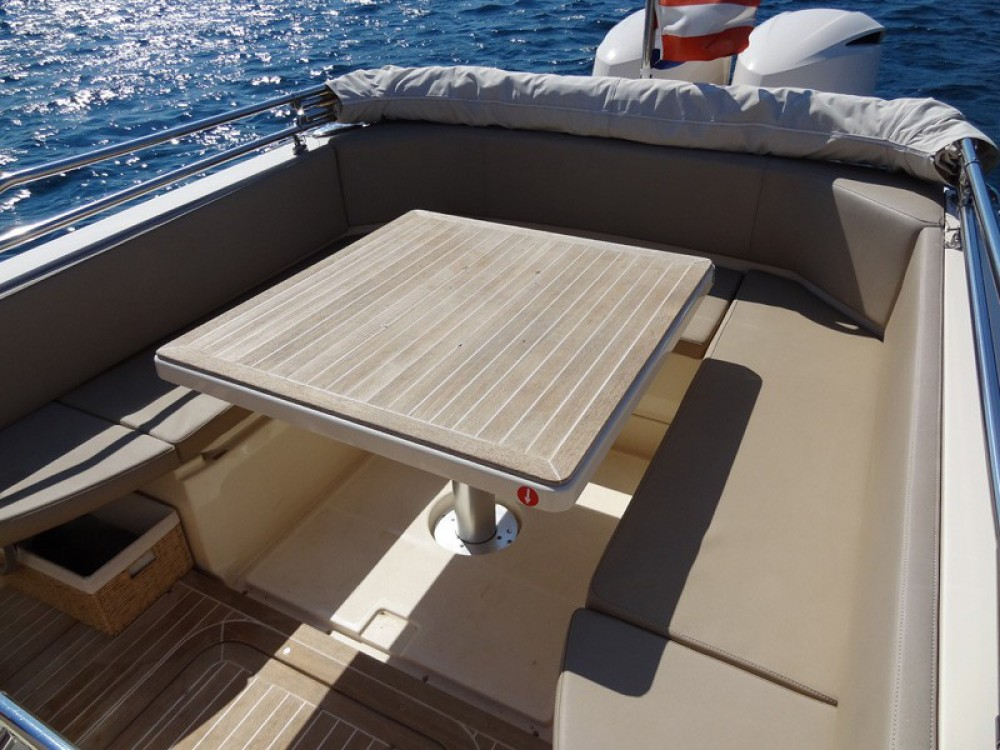 Boat rental  MAR-CO e-motion 32 in Primošten on Samboat