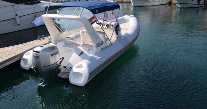 Boat rental Brig Brig Eagle 645 in Primošten on Samboat