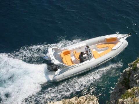 Boat rental  AGA Marine Spirit 640 in Primošten on Samboat