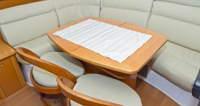 Rental yacht Primošten - Lagoon Lagoon 43 Power on SamBoat