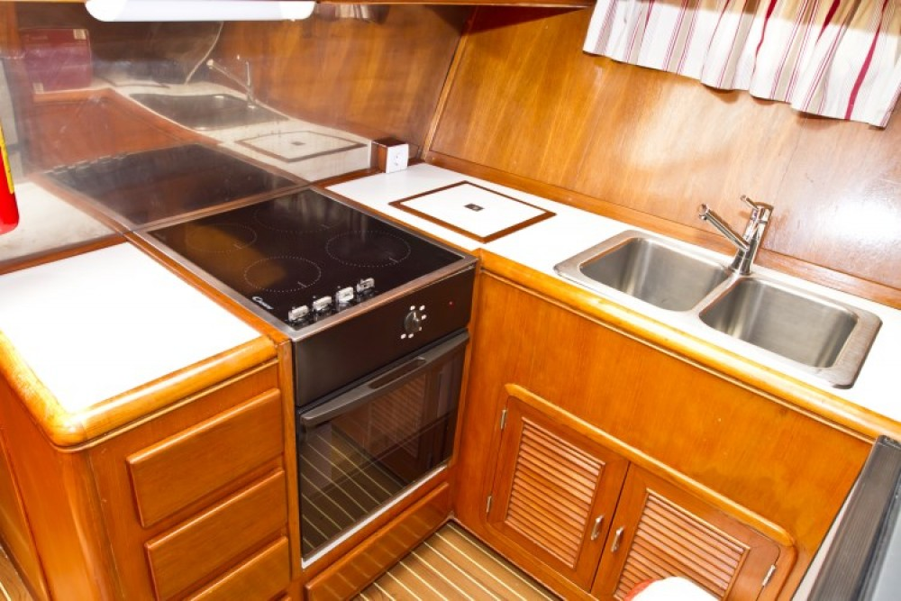 Staryacht 1940 between personal and professional Primošten