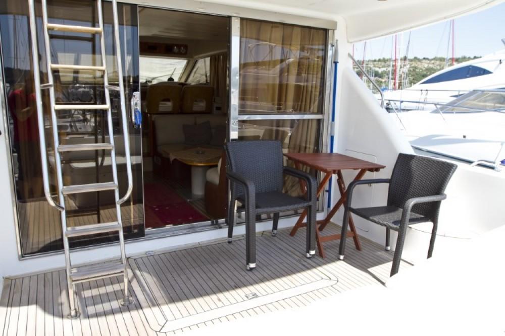 Rental Motor boat in Primošten - Princess Princess 470