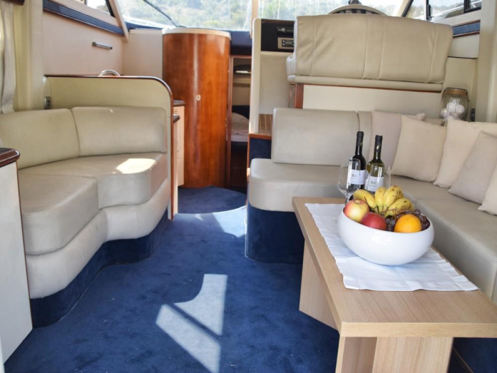 Boat rental Primošten cheap Fairline Phantom 40