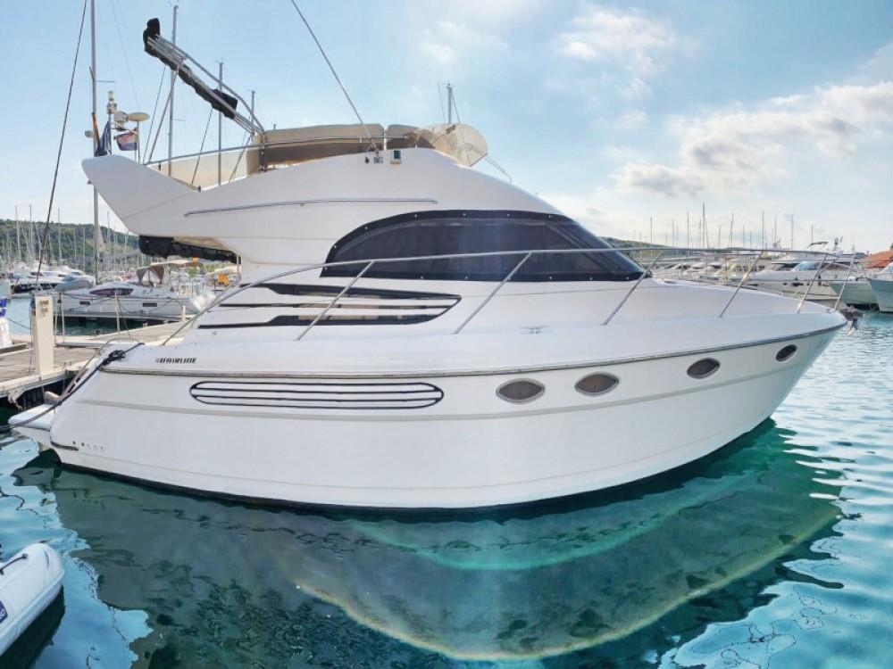 Rental yacht Primošten - Fairline Fairline Phantom 40 on SamBoat