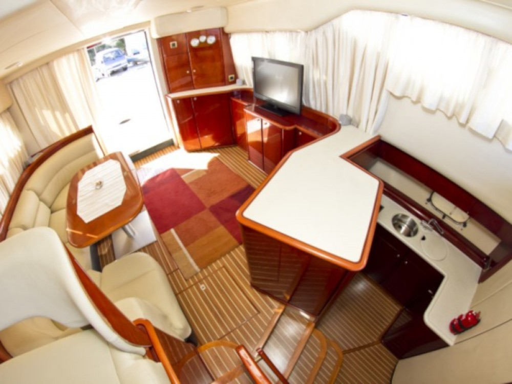 Rental Motor boat in Primošten - Princess Princess 480