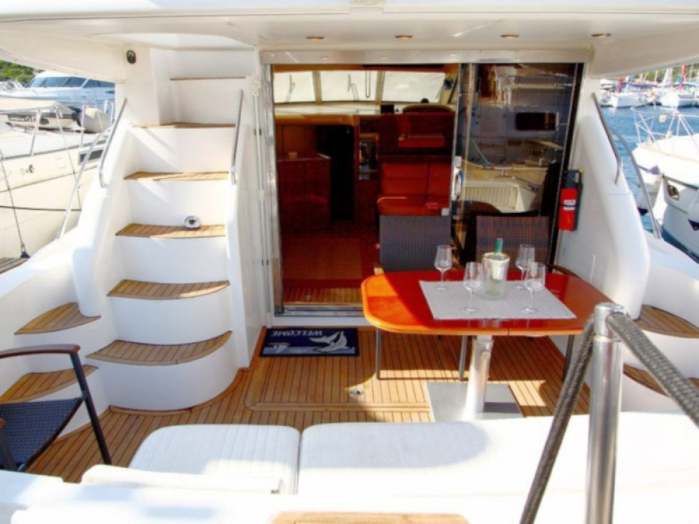 Hire Motor boat with or without skipper Princess Primošten