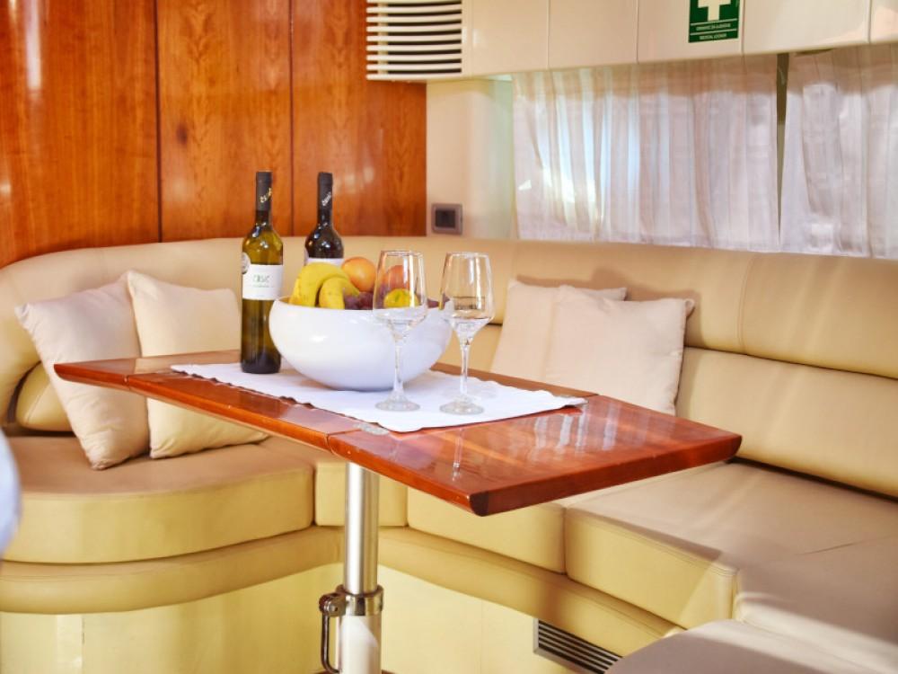 Rental Motor boat in Primošten - Fairline Fairline Targa 48