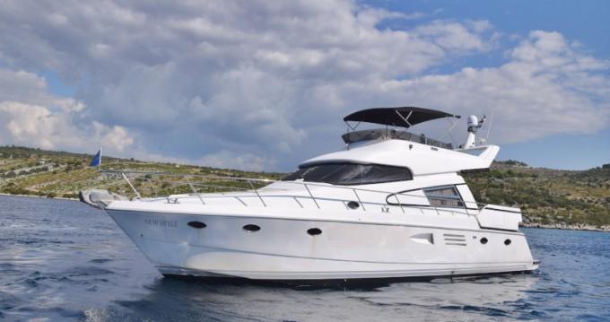 Rental yacht Primošten -  Johnson 56 on SamBoat