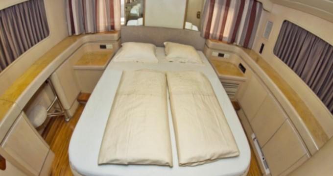 Boat rental  Johnson 56 in Primošten on Samboat
