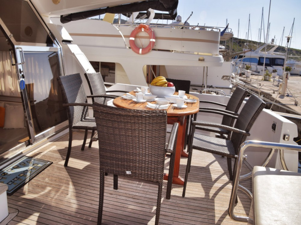 Rental yacht Primošten -  Johnson 56 on SamBoat