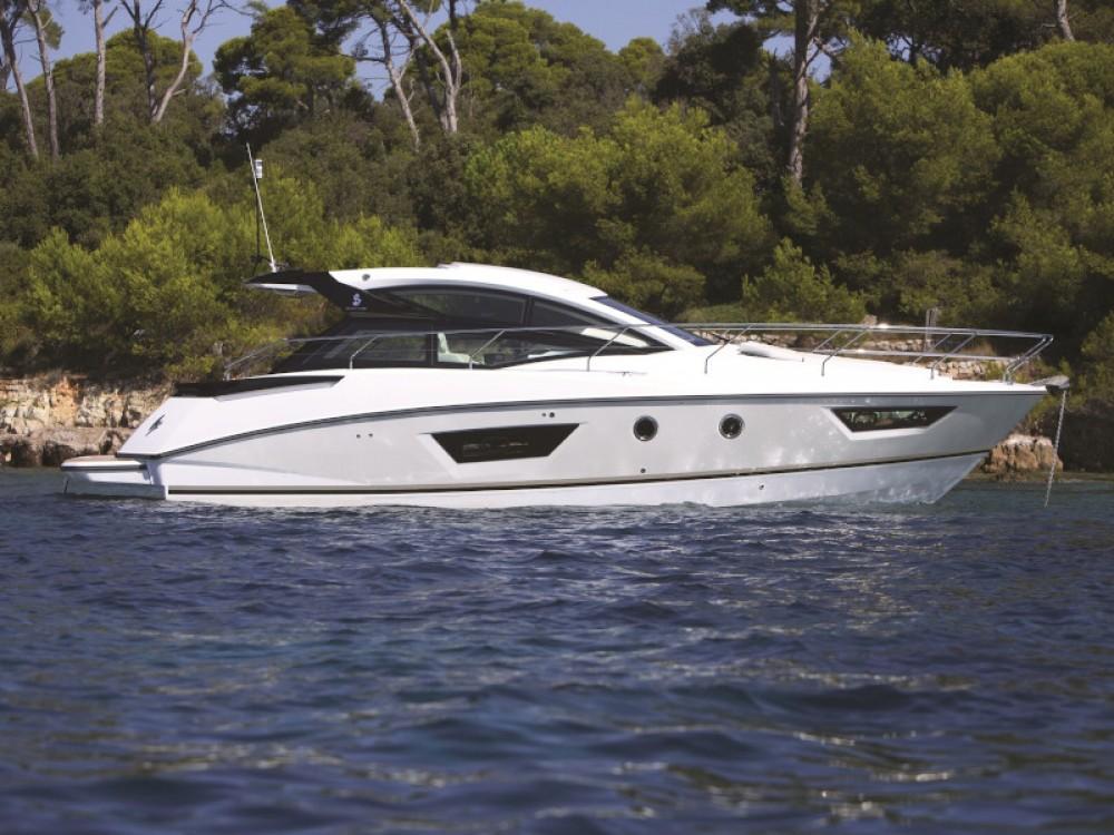Rental yacht Pula - Bénéteau Beneteau GT40 on SamBoat