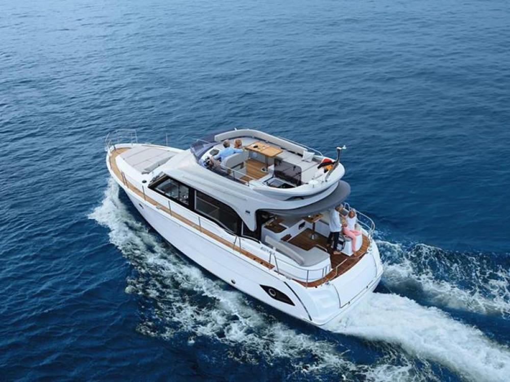 Rental yacht Marina Kornati - Bavaria Bavaria E40 Fly on SamBoat
