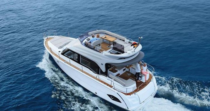Motorboat for rent Biograd na Moru at the best price