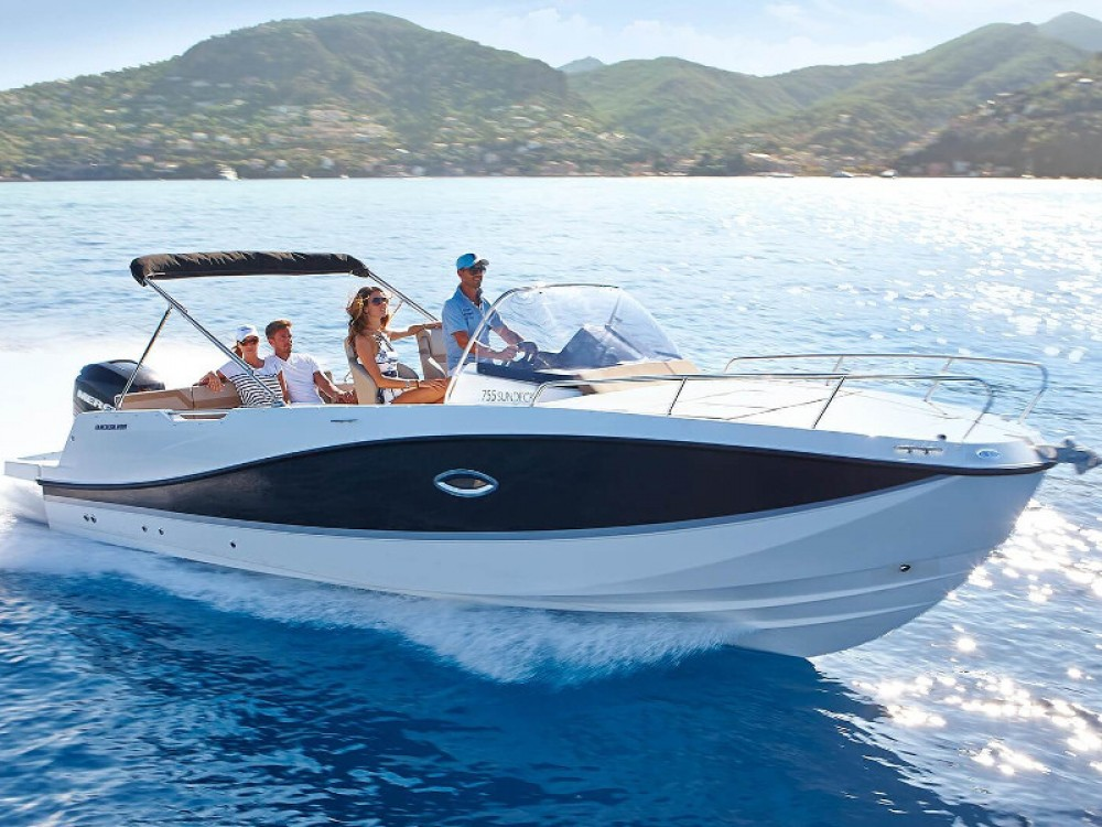 Boat rental Pula cheap Quicksilver Activ 755