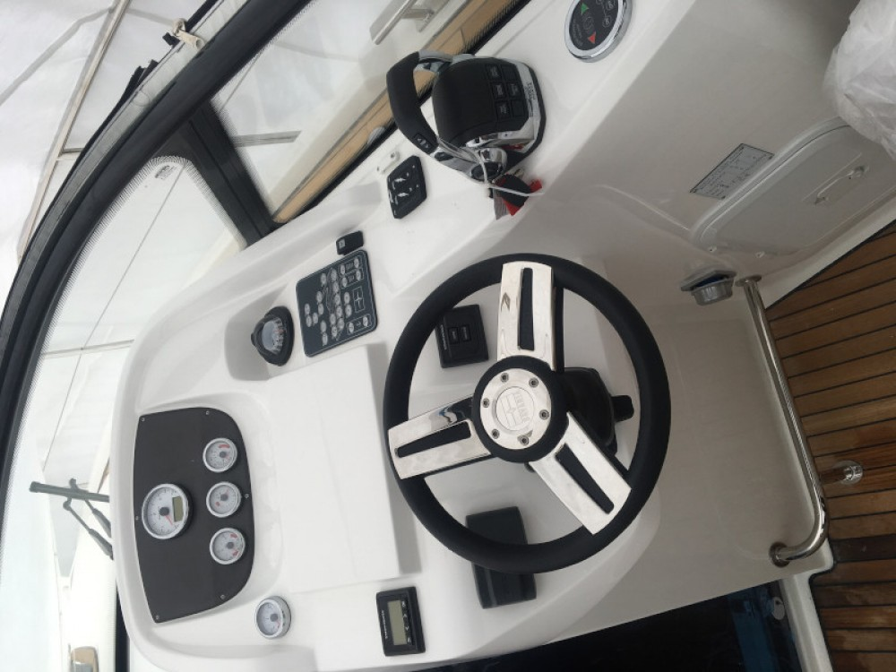 Rental yacht Pula - Bavaria Bavaria S29 OPEN on SamBoat